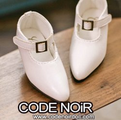 CMS000147 White Pointy Buckle Shoes